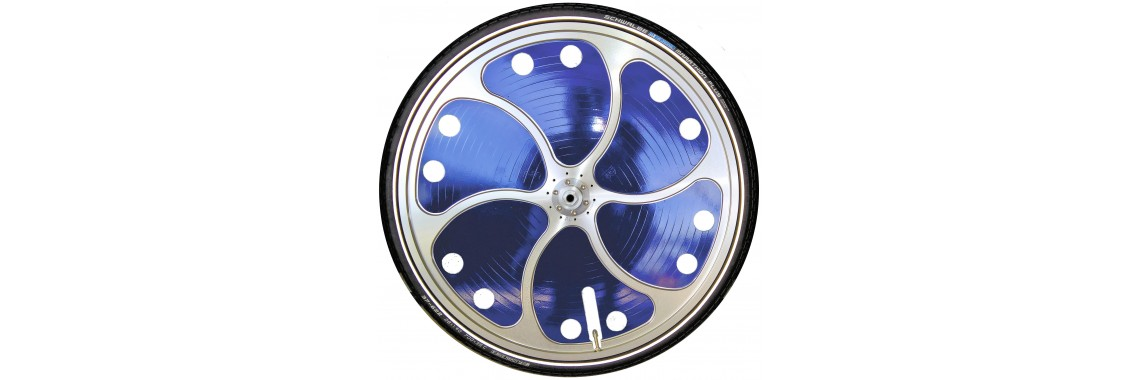 Turbine One wheel with vinyl wrap inserts
